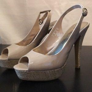 Sofia Vergara ARGENTINA Open Toes Sandals Sz 8M